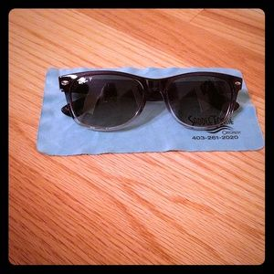 Ray Ban Sunglasses good condition!